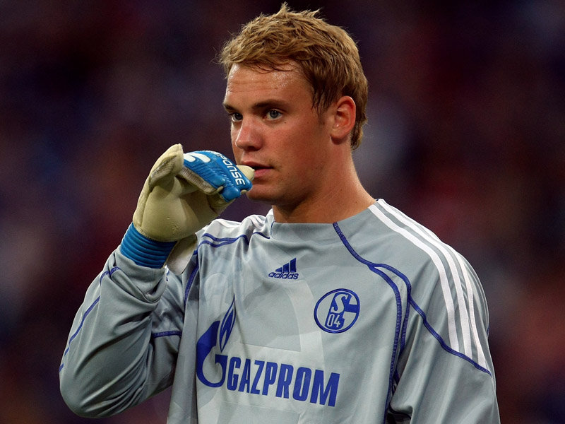 Dear Neuer, please stop being cute <3